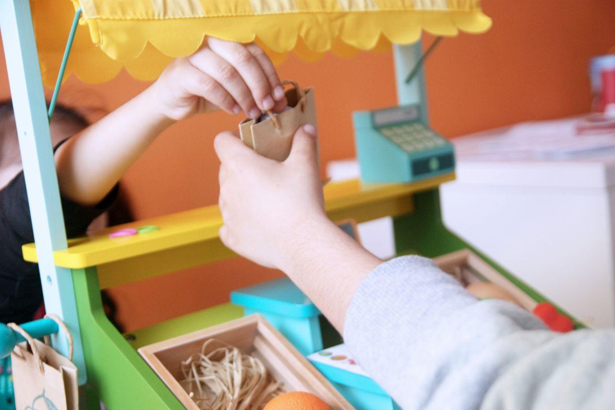 Mercado de juguete educativo