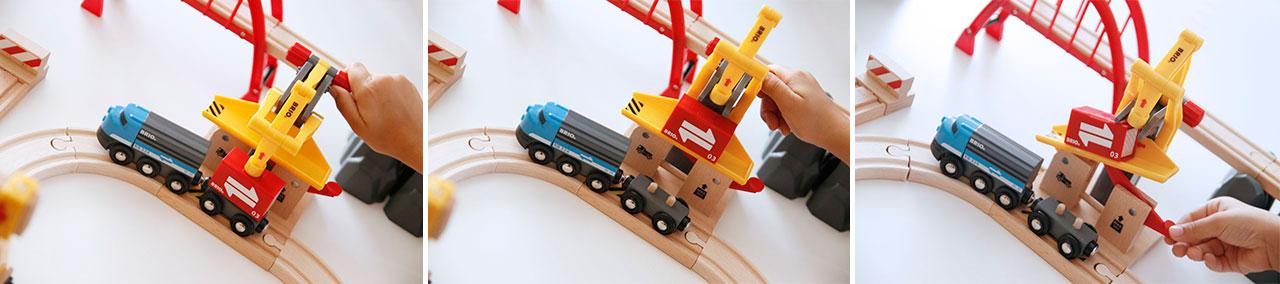 Circuito de trenes de madera con gruas