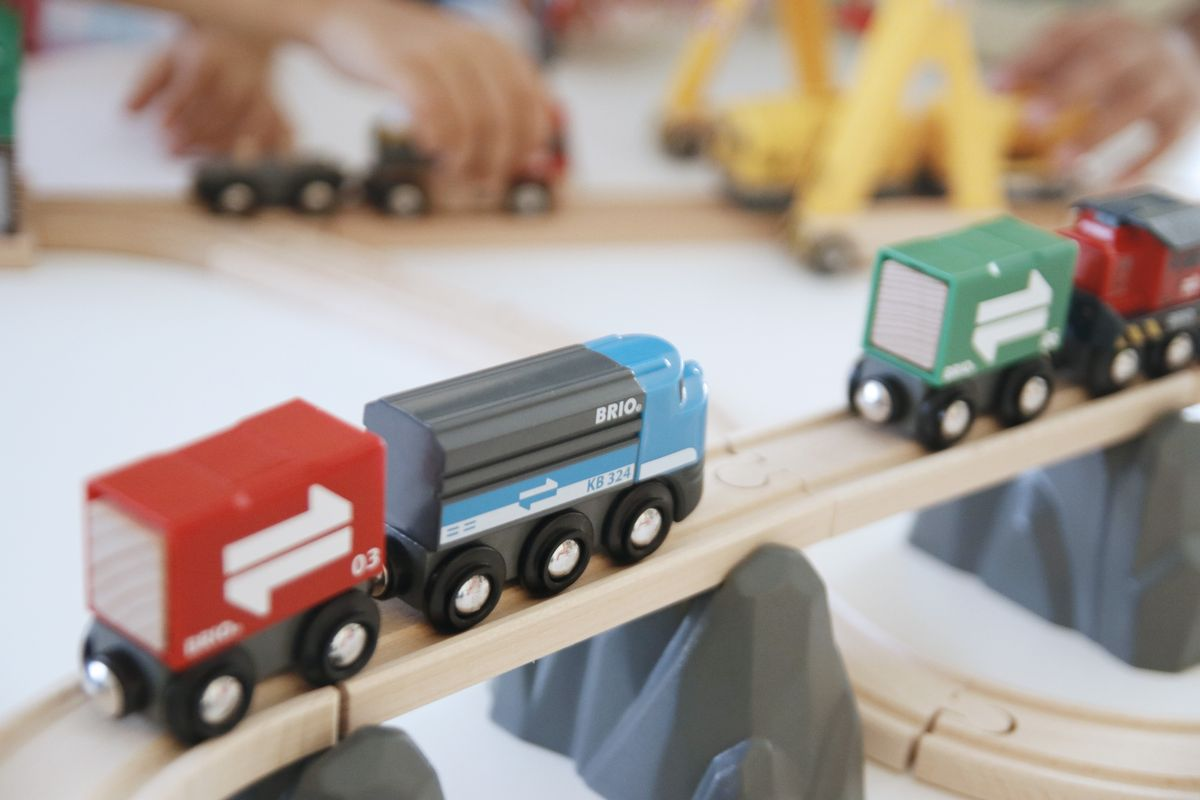 Tren de madera Brio