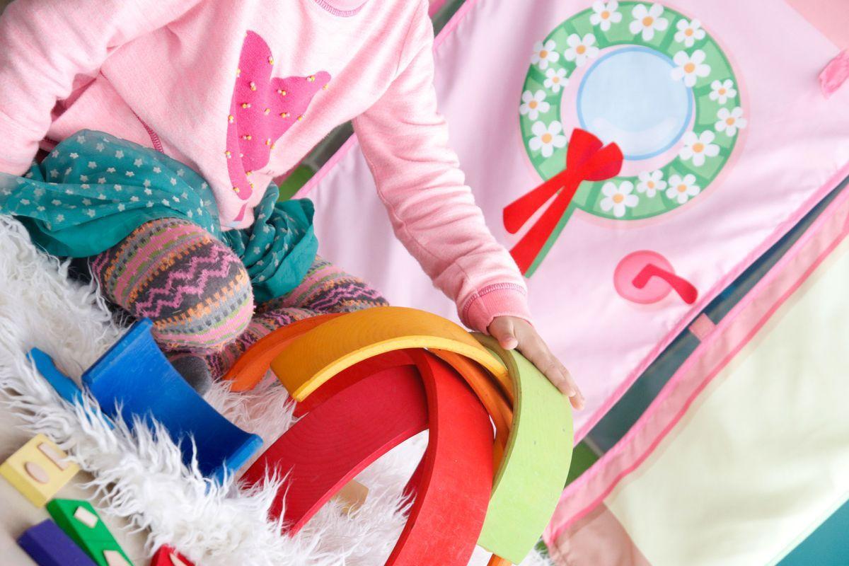 flor-en-arco-iris-de-grimms