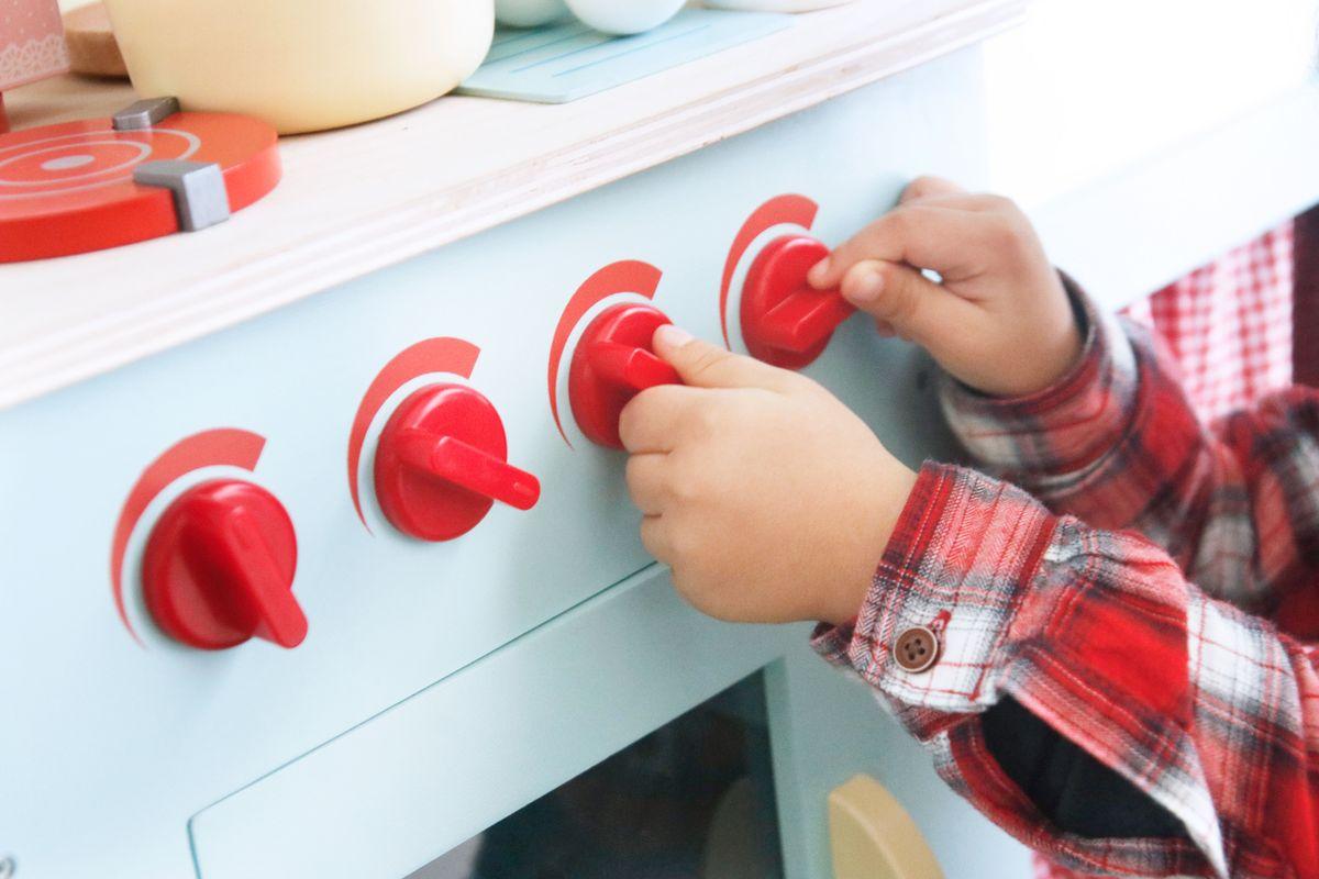 botones para encender el fuego de la cocinita