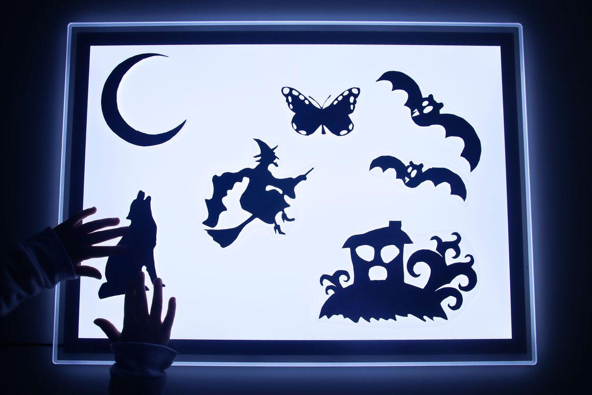 Mesa de luz qu es y c mo usarla imprimibles mumuchu for Mesa de dibujo con luz