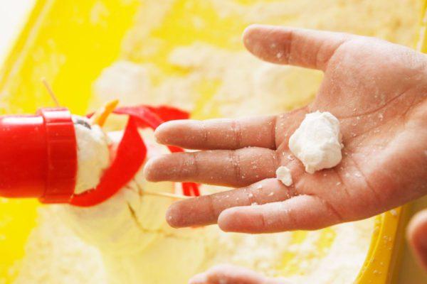 Bolas de nieve artificial casera receta