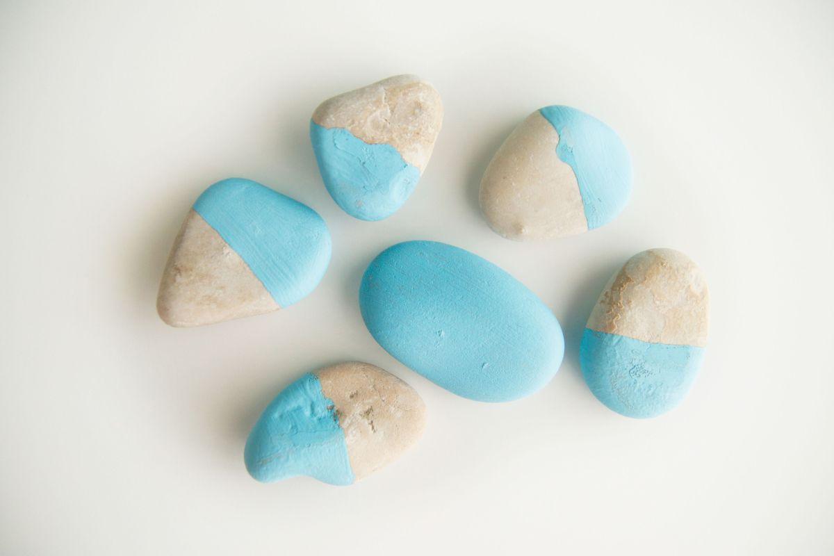 pintando-piedras-para-domino-diy