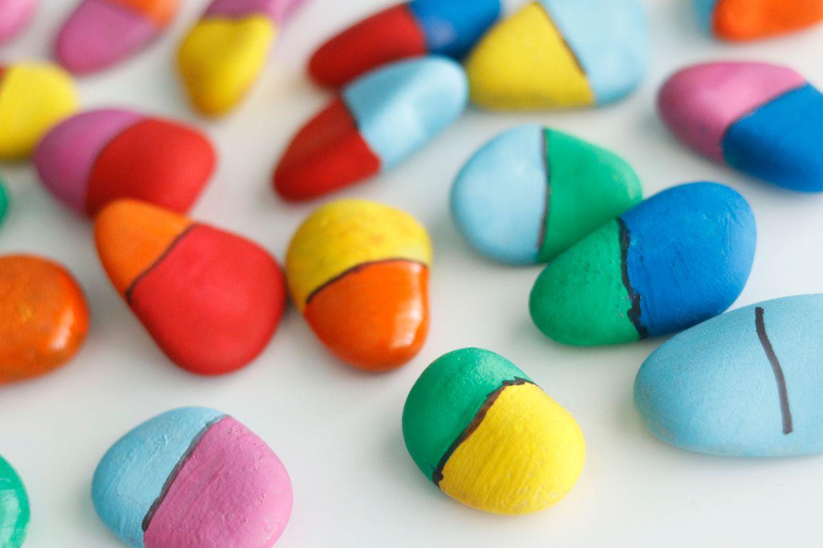piedras-domino-de-colores