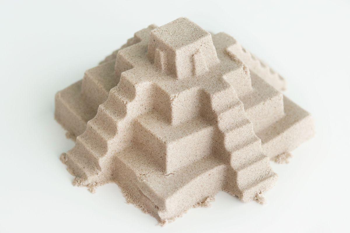Molde pirámide maya