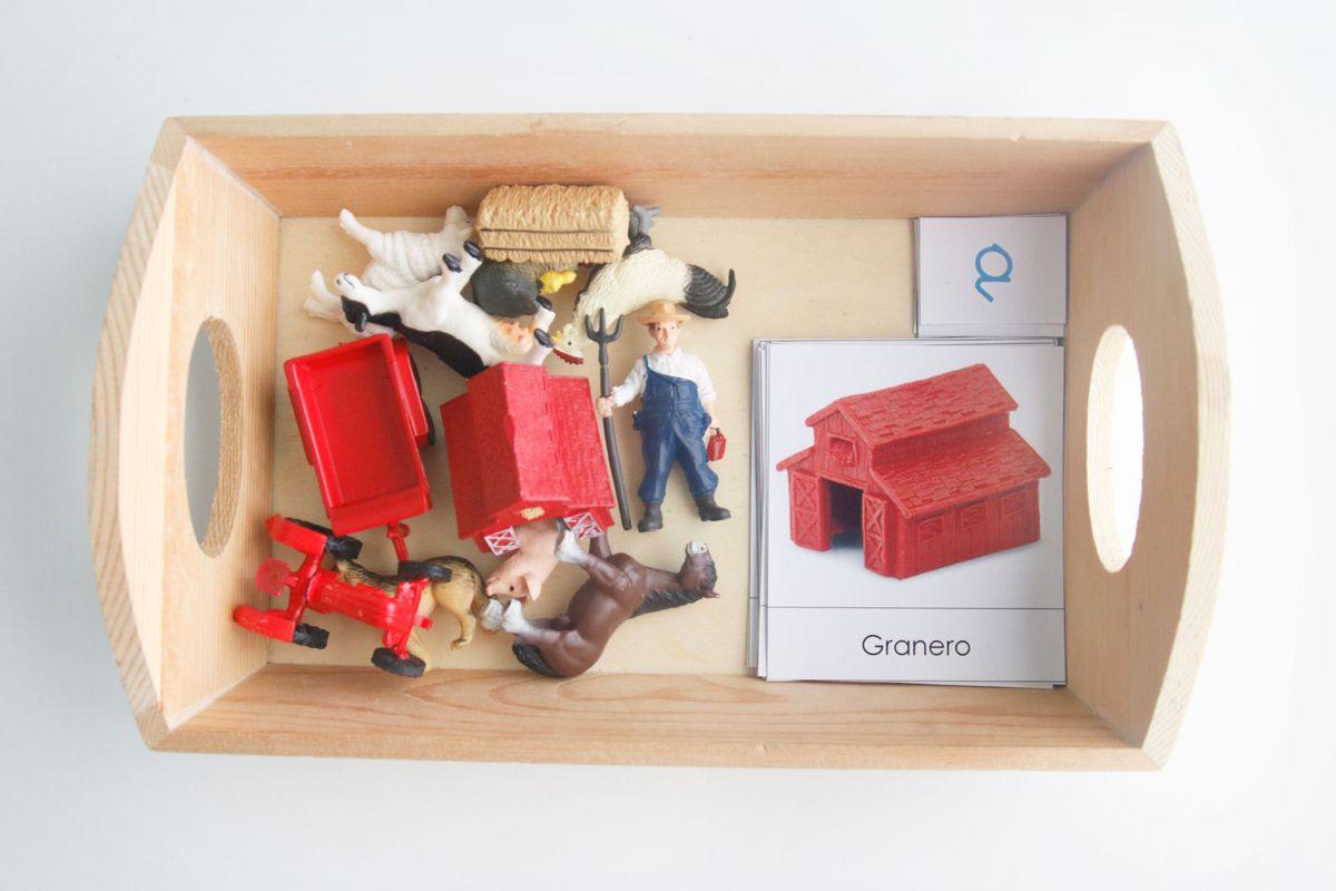 bandeja-montessori-miniaturas-granja