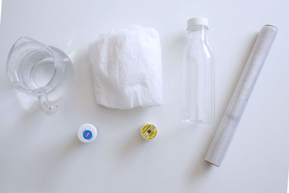 materiales-pra-botella-sensorial-con-medusa