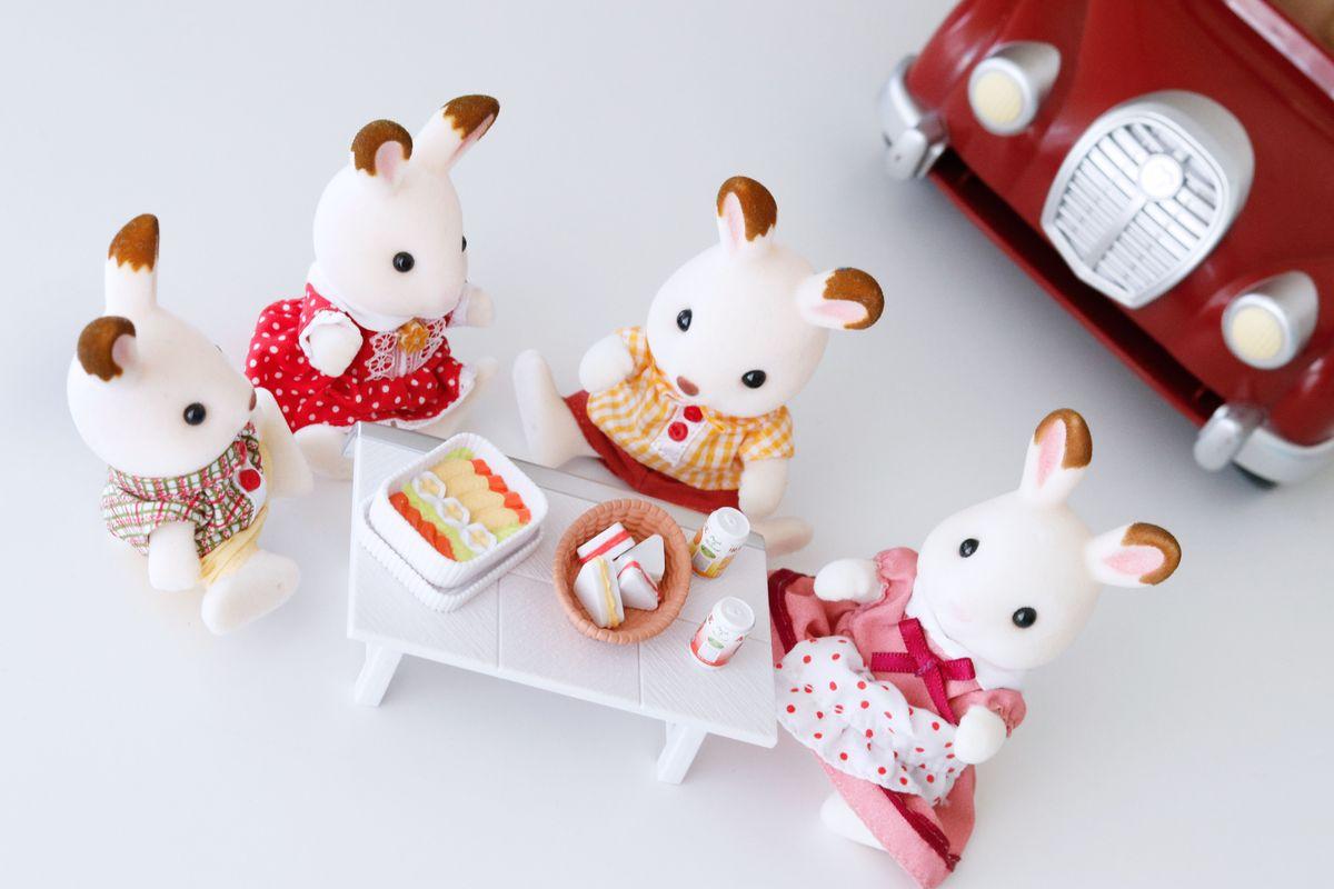 picnic-coche-rojo-sylvanian