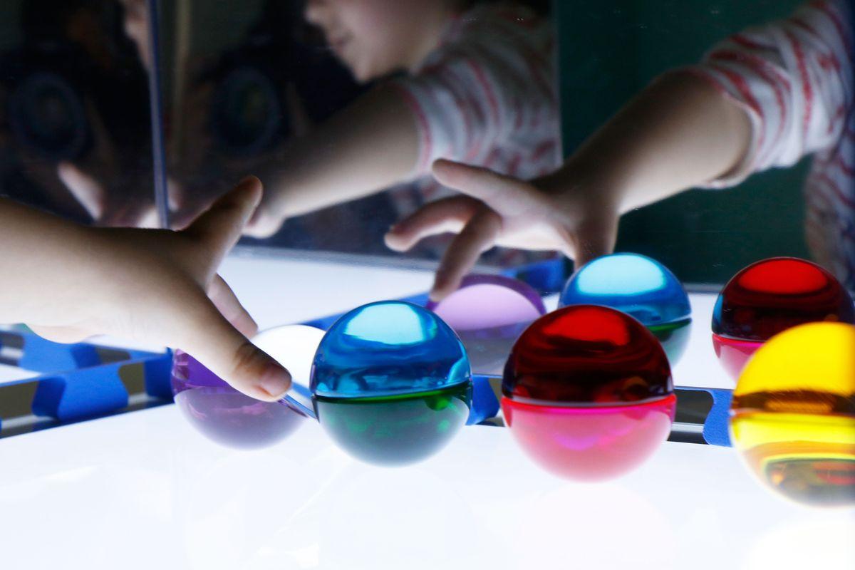 montando-esferas-con-semiesferas-de-silicona