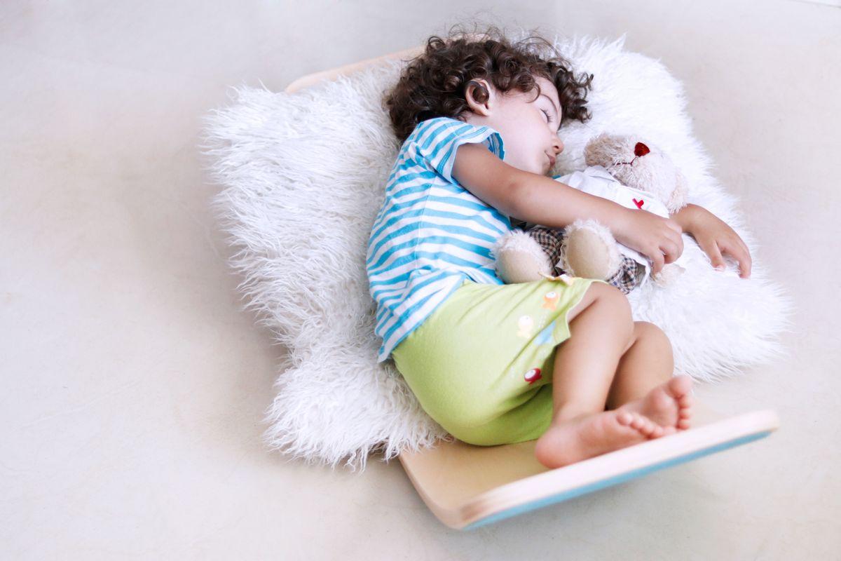 durmiendo-en-la-tabla-curva