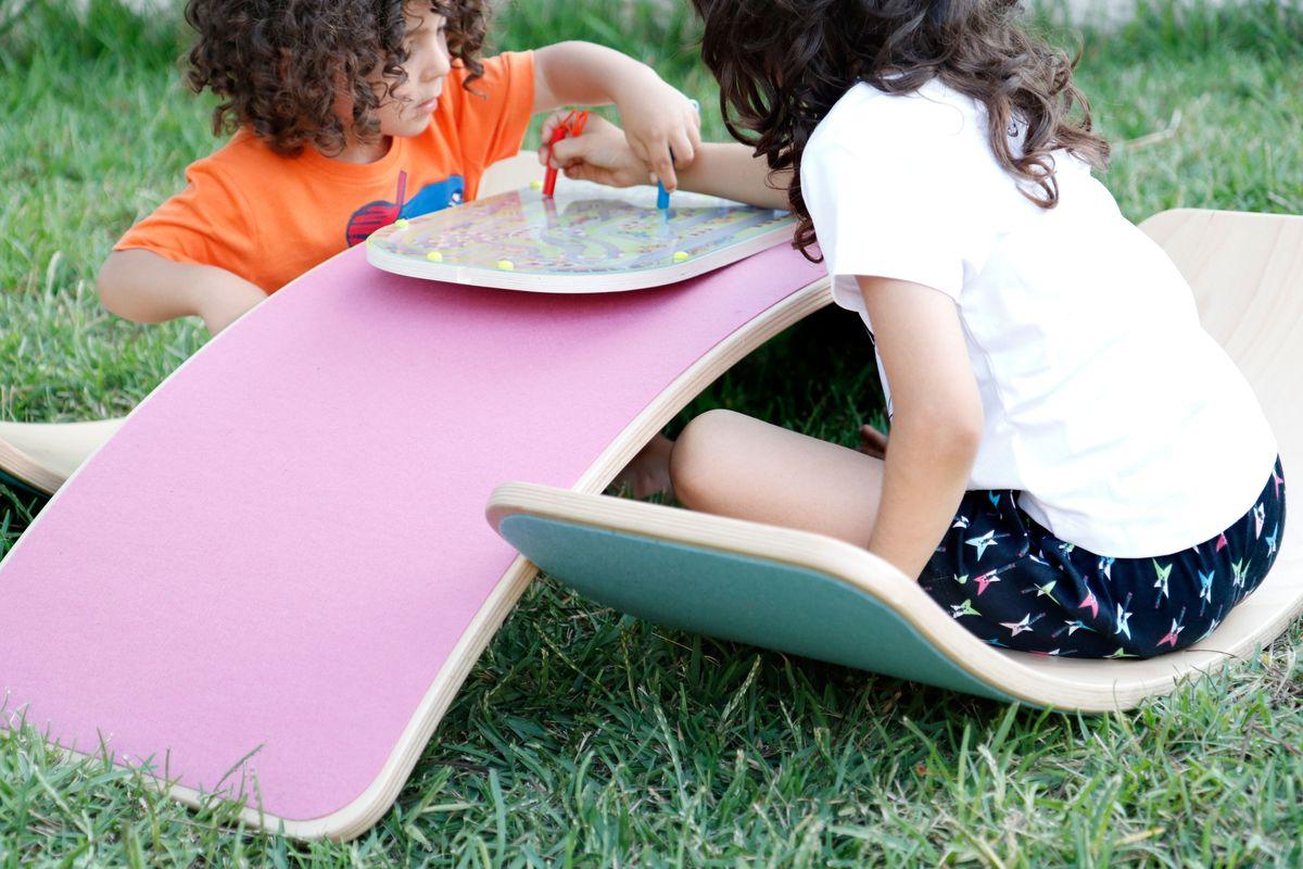 mesa-y-silla-con-wobbel
