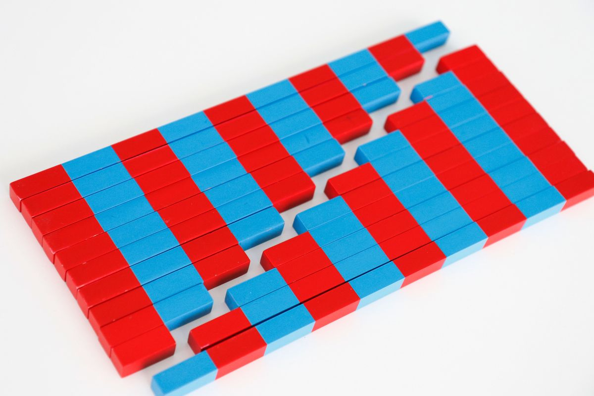 barras-rojas-y-azules-montessori-pequenas