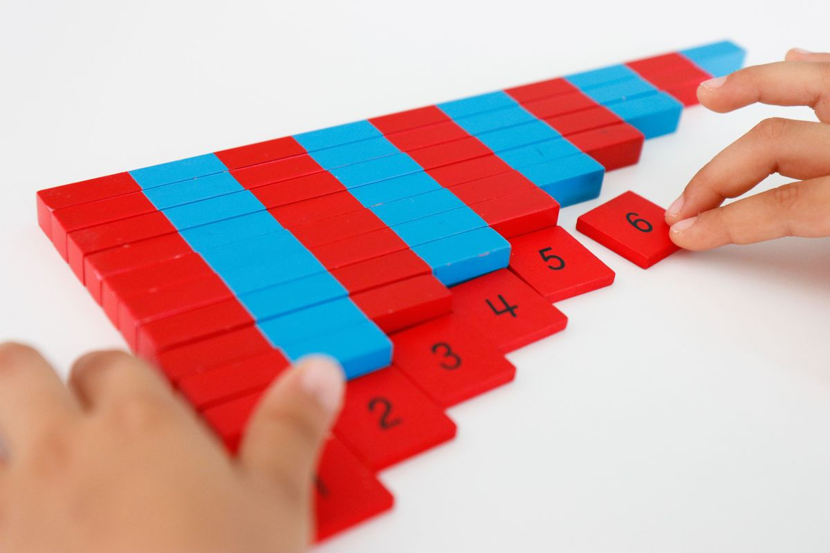 barras-rojas-y-azules-montessori