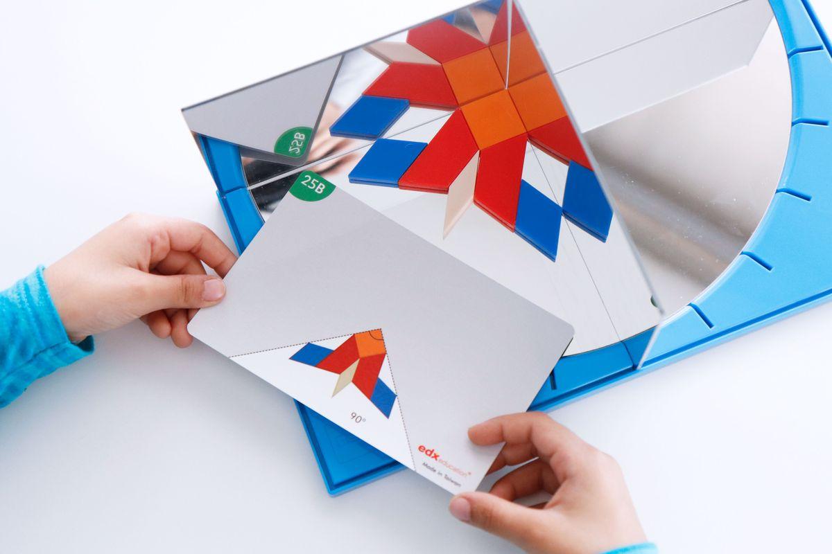 espejo-de-angulos-bloques-geometricos-90-grados-3