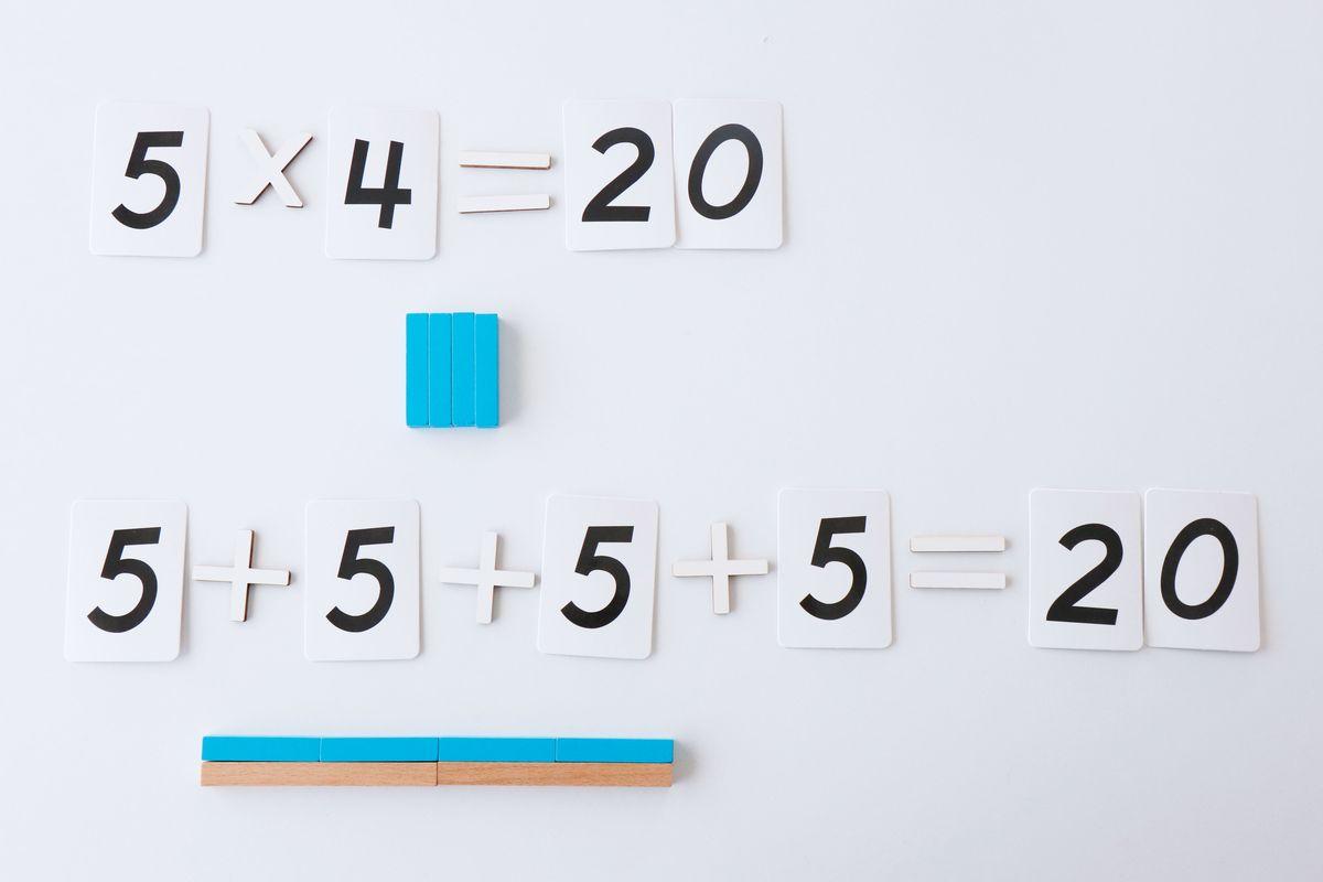 multiplicacion-con-regletas-montessori