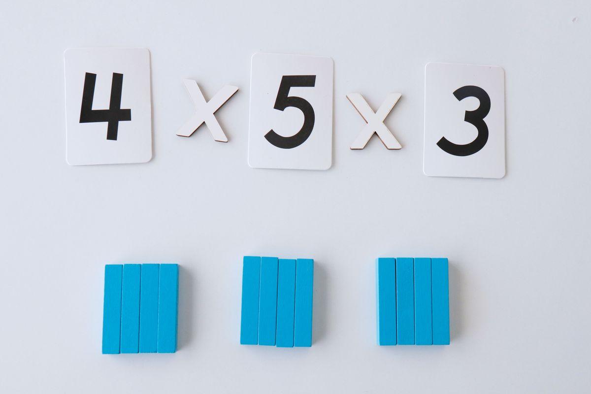 multiplicacion-con-regletas-propiedad-asociativa-2