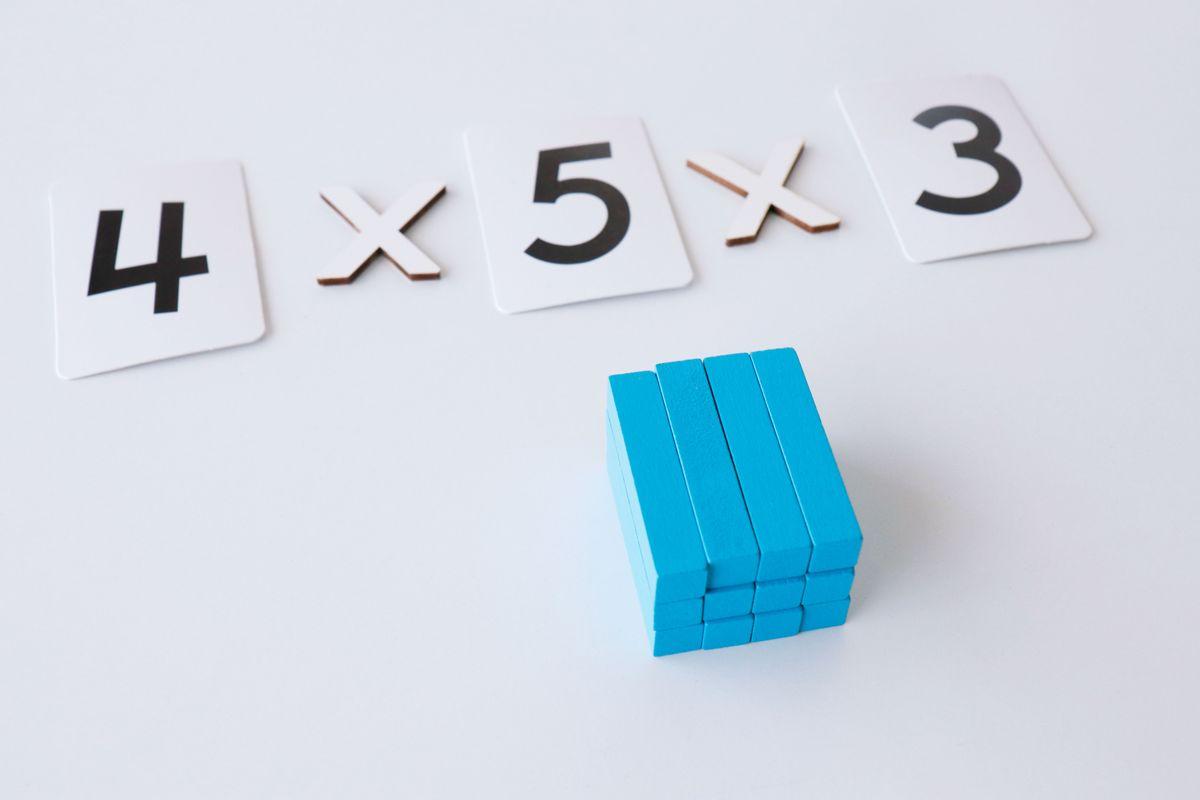 multiplicacion-con-regletas-propiedad-asociativa