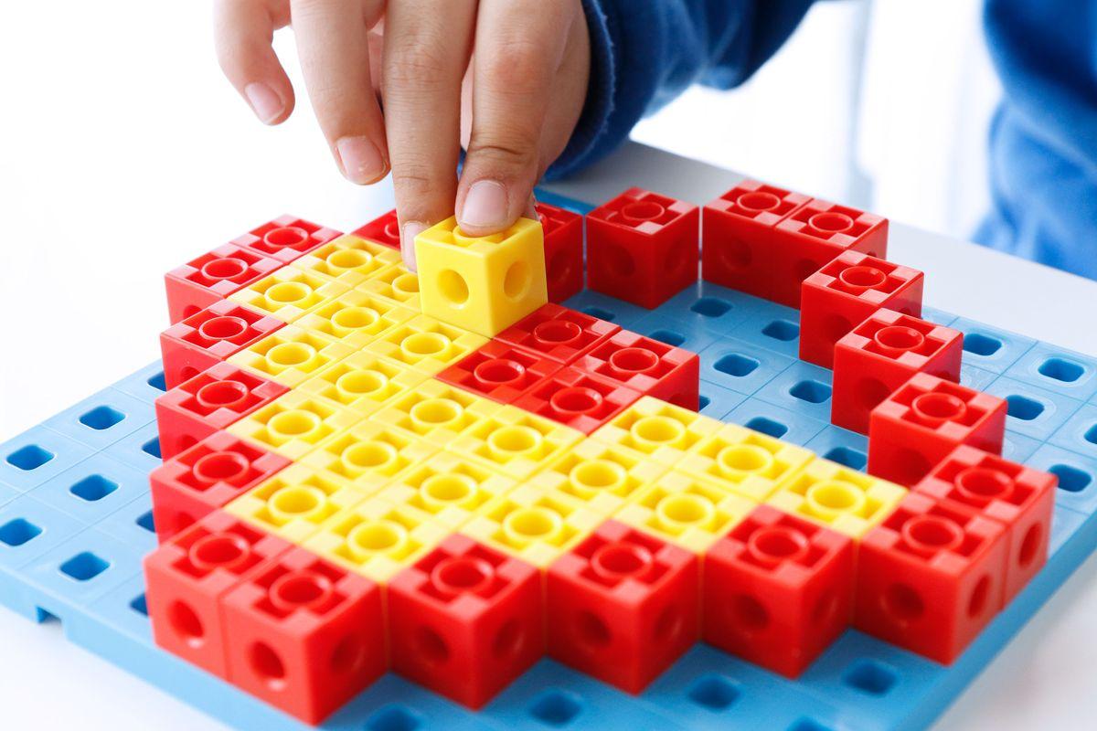 simetria-con-policubos2