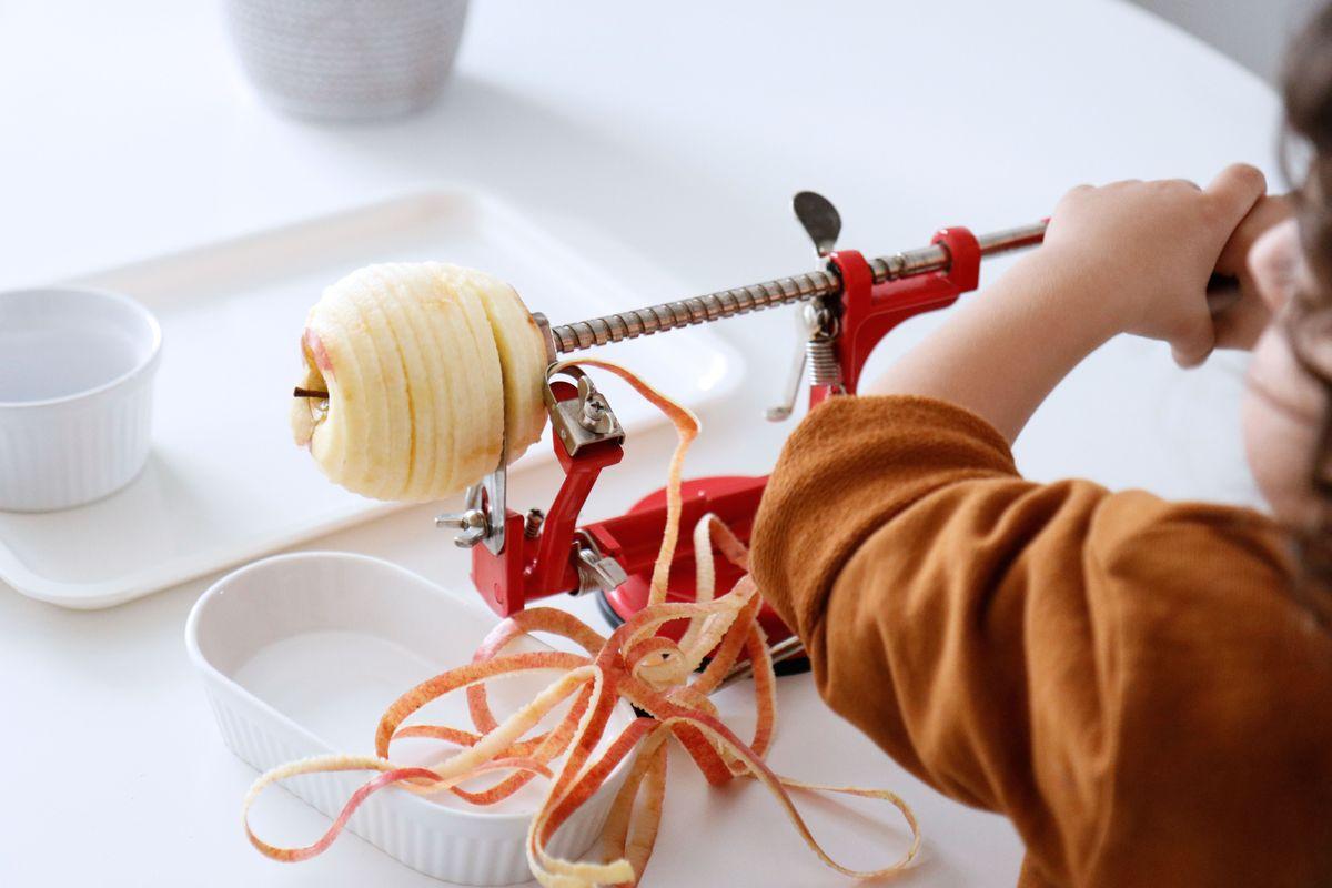 bandeja-vida-practica-montessori-cocina-16