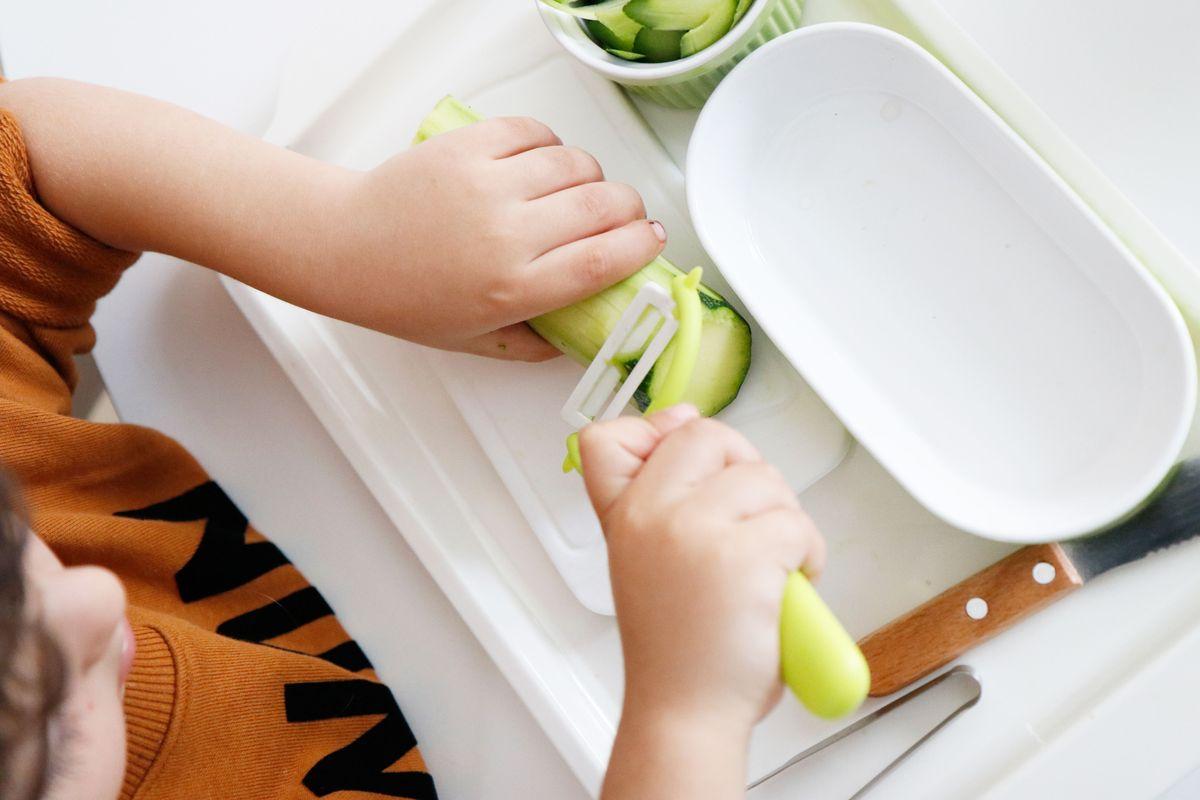 bandeja-vida-practica-montessori-cocina-21