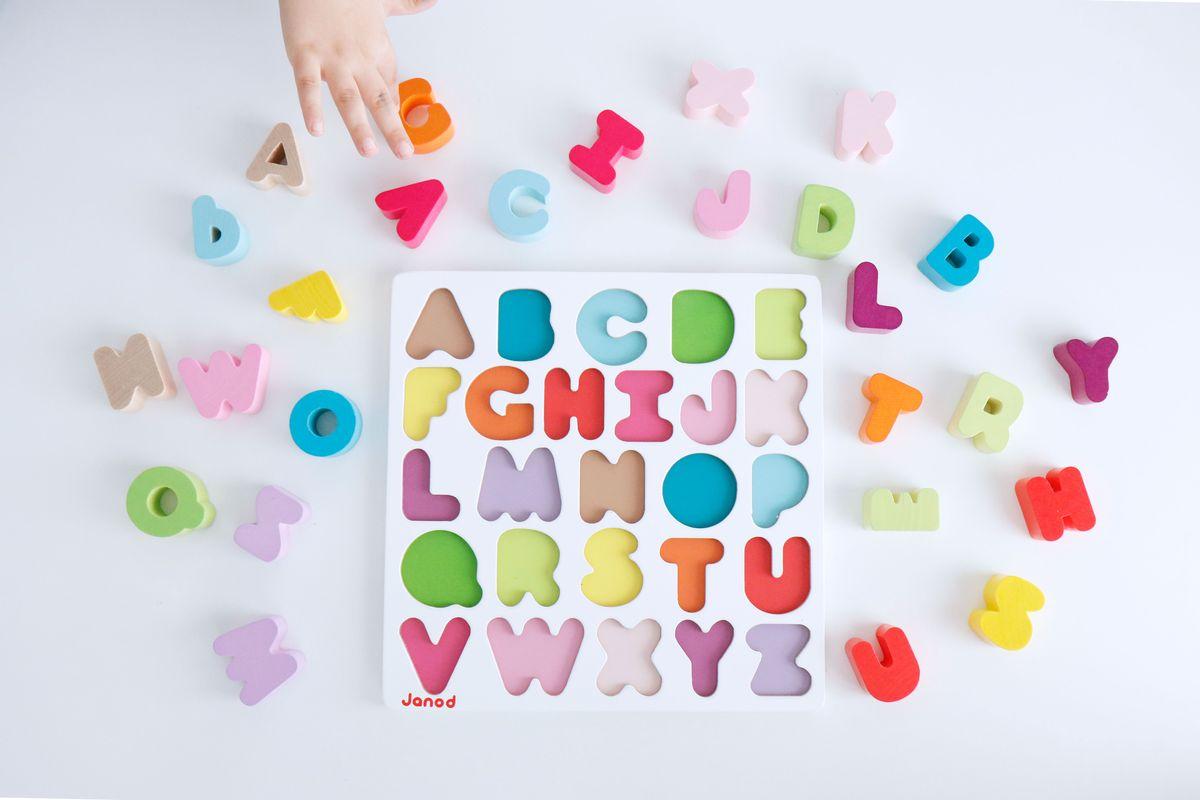 puzle-abecedario-janod-04
