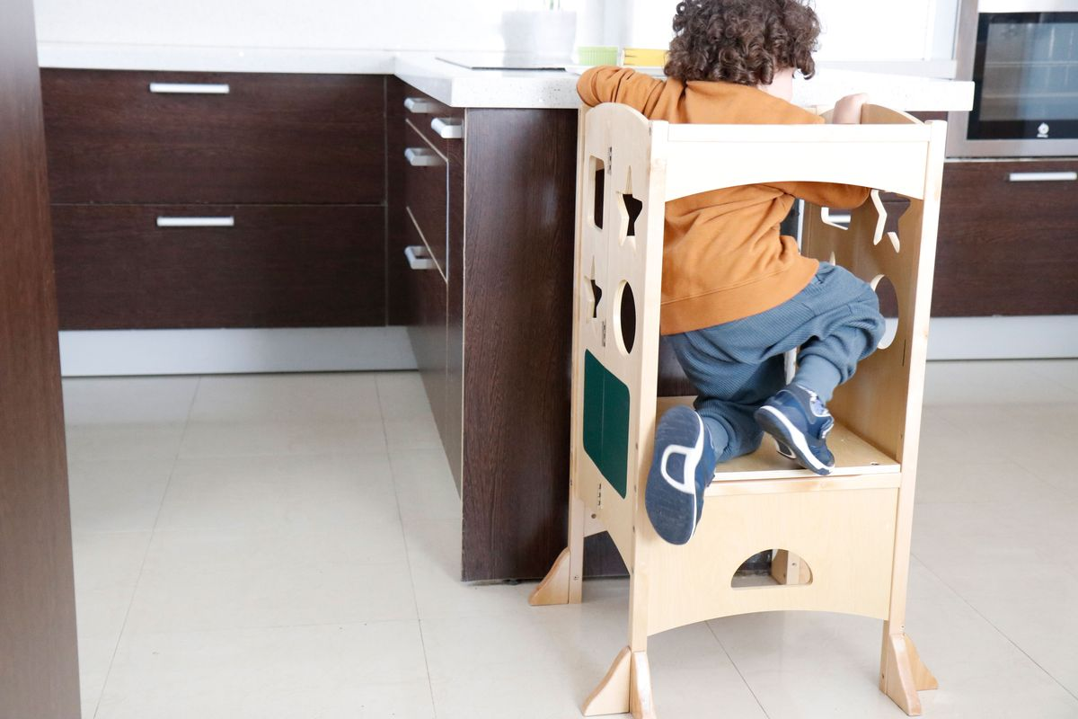 torre-de-aprendizaje-montessori-cocina-04
