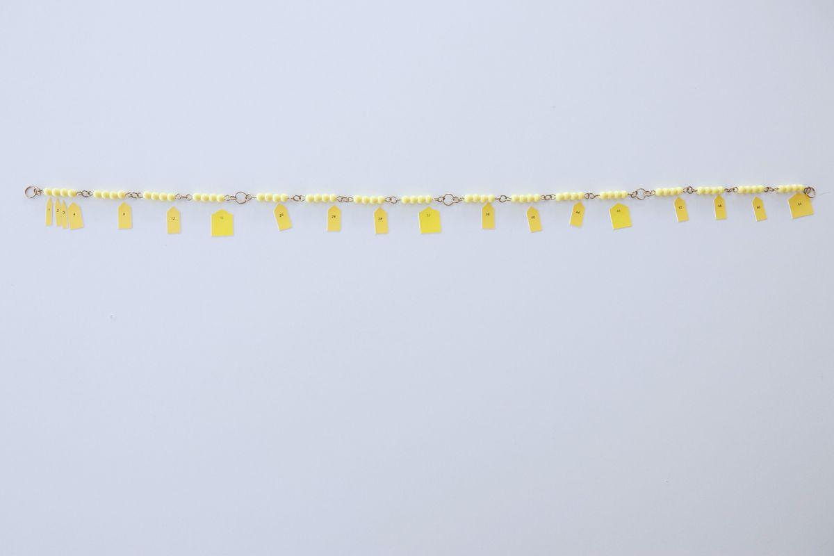 cadena-larga-de-perlas-montessori_08