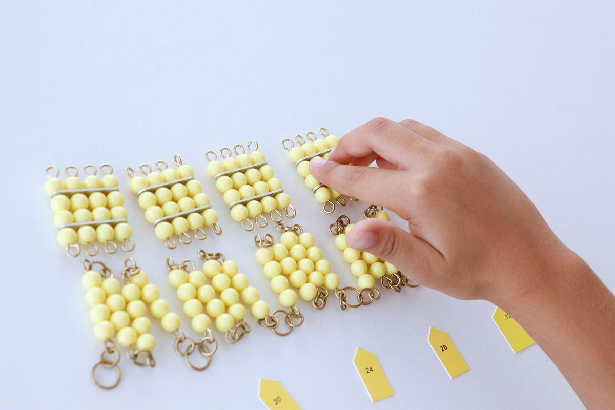 cadena-larga-de-perlas-montessori_10