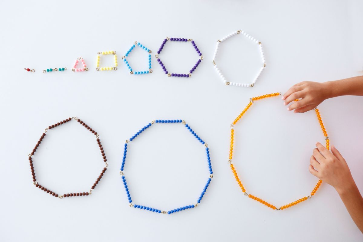 formas-geometricas-con-cadenas-montessori