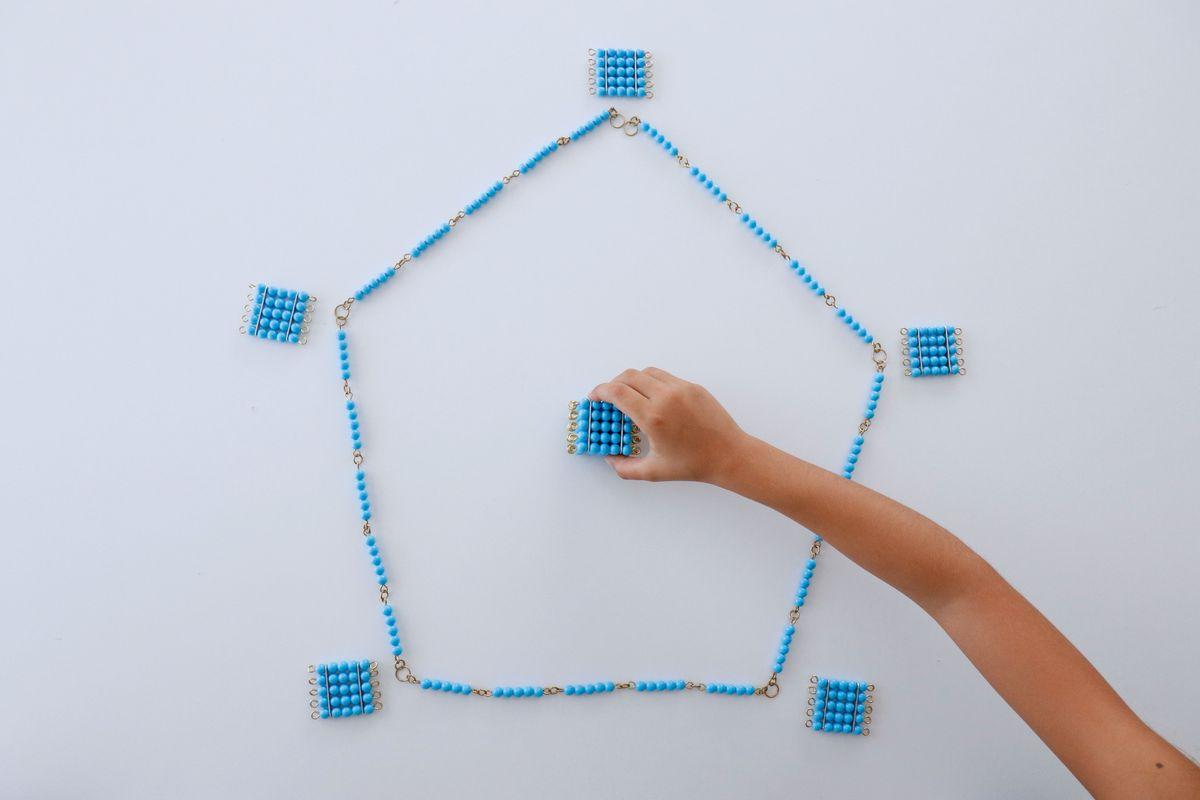 formas-geometricas-con-cadenas-montessori_05