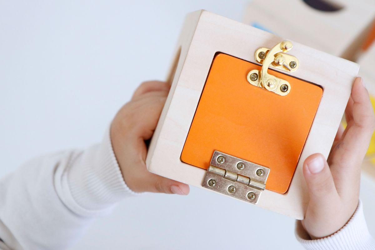 cajas-de-cerraduras-montessori-0013