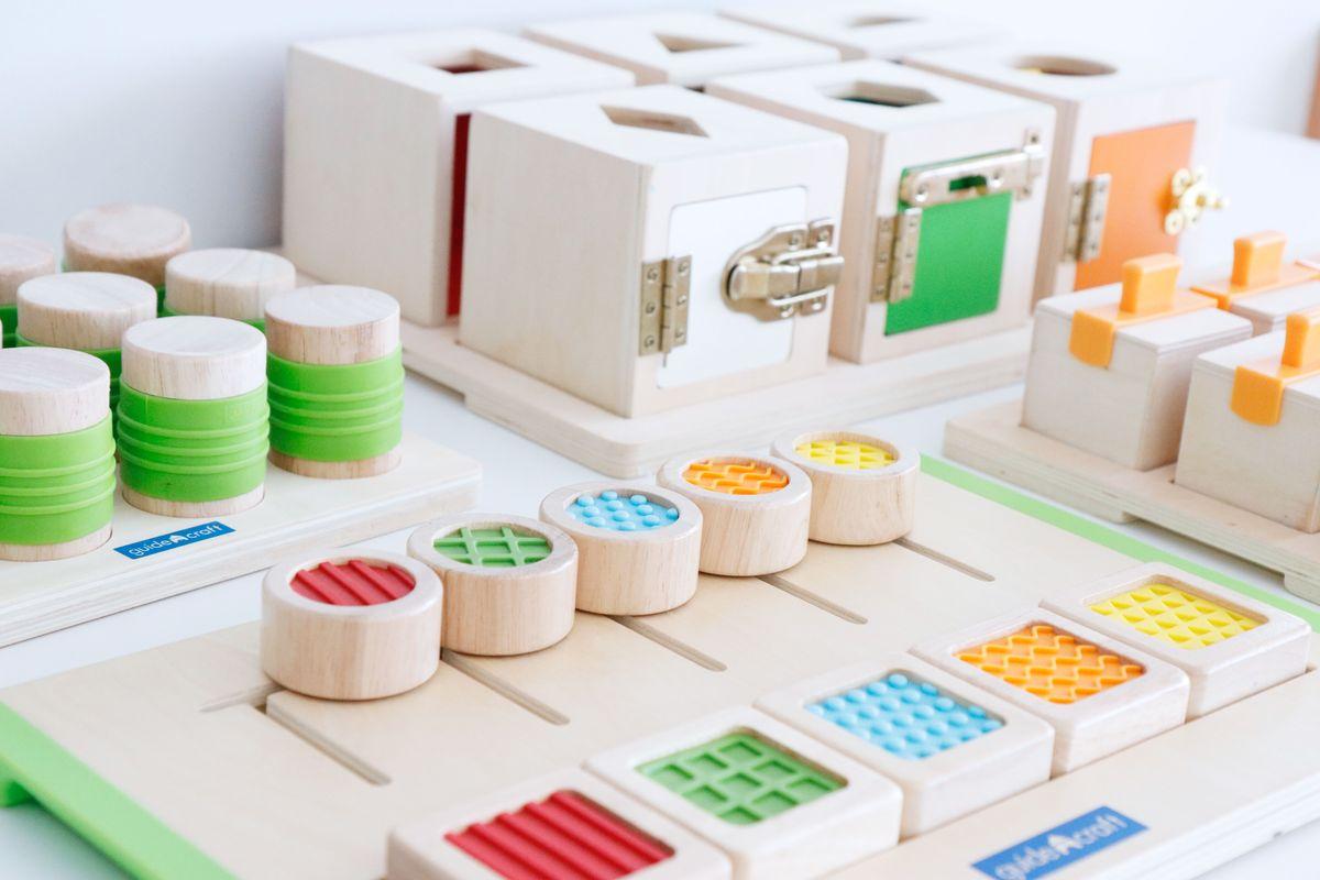 Materiales de inspiración Montessori Guidecraft