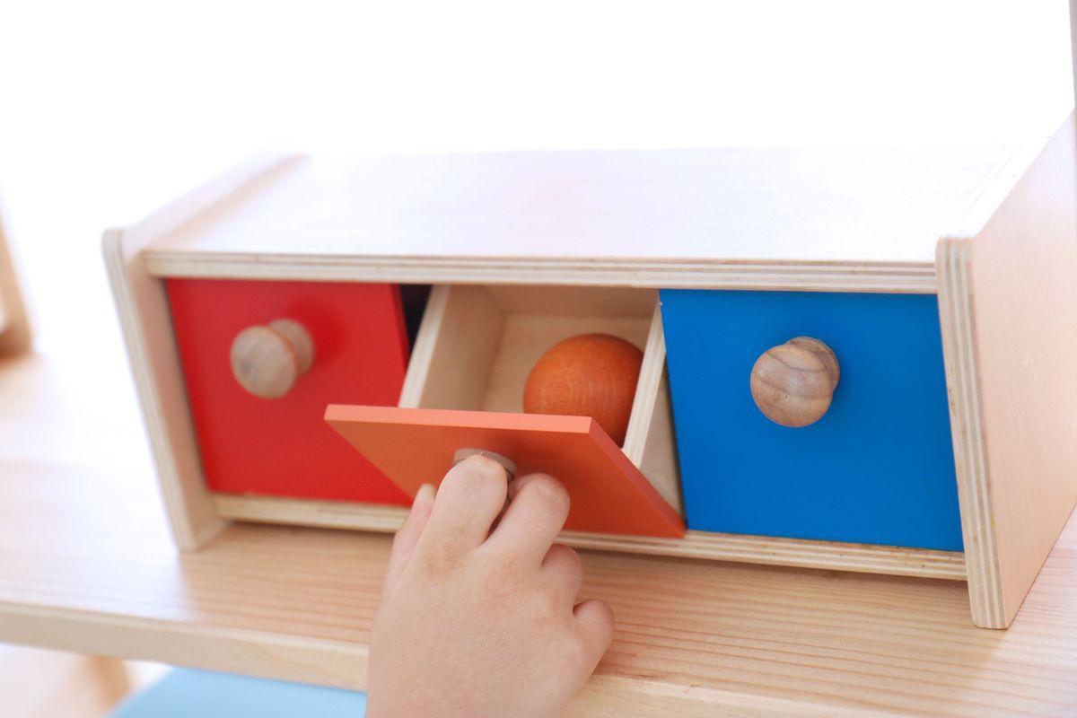 caja-de-permanencia-con-cajon-montessori-0-a-3-55
