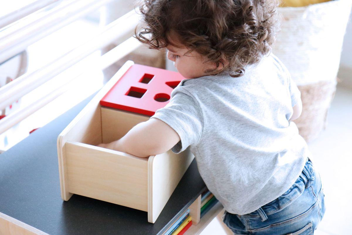 caja-de-permanencia-tapa-abatible-montessori-0-a-3-29