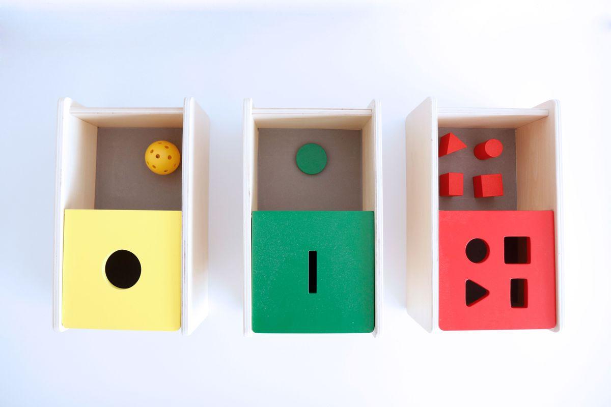 caja-de-permanencia-tapa-abatible-montessori-0-a-3-43