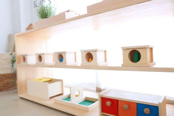 Cajas de permanencia Montessori en Mumuchu