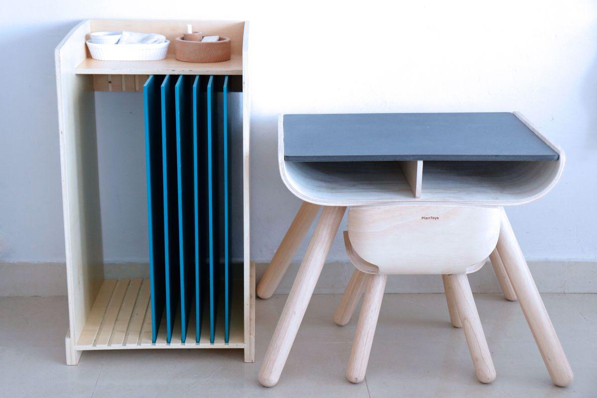 mueble-para-pizarras-montessori-01