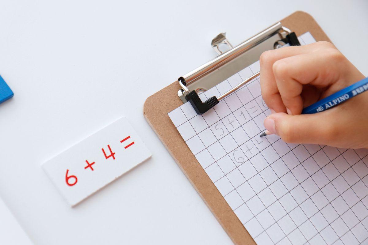 tabla-de-tiras-de-la-suma-montessori-27