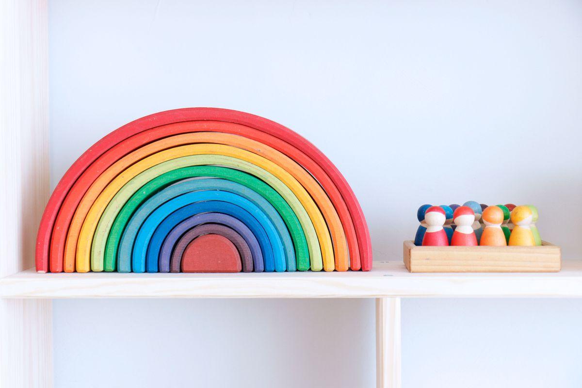 arco-iris-y-complementos-grimms-0003