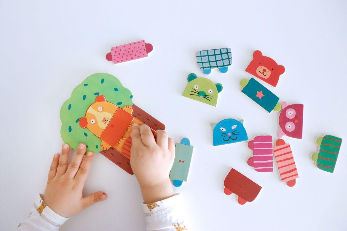 puzle-encajable-arbol-djeco-03