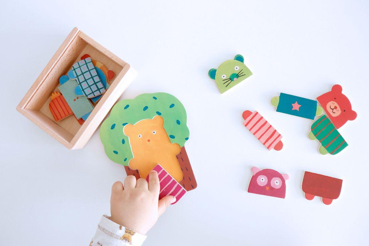 puzle-encajable-arbol-djeco-09