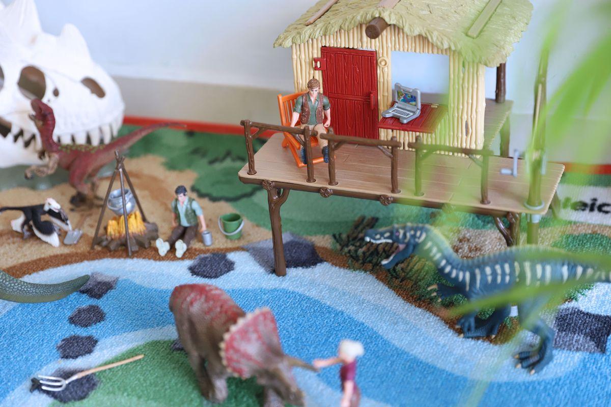 dinosaruios-schleich-25