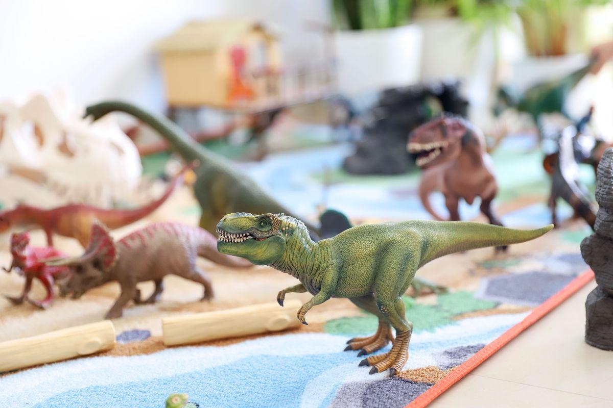 dinosaruios-schleich-57