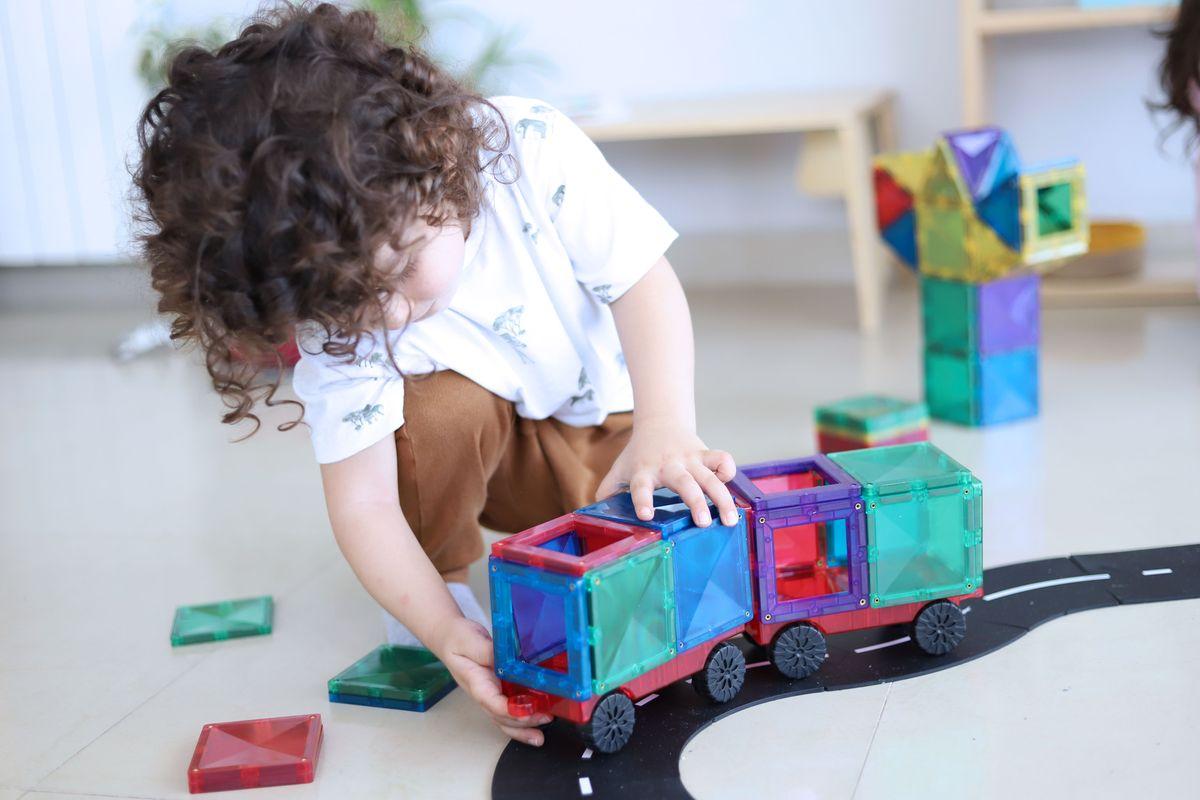 juego-de-construccion-magnetico-connetix-tiles-07