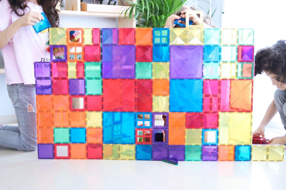 juego-de-construccion-magnetico-connetix-tiles-09