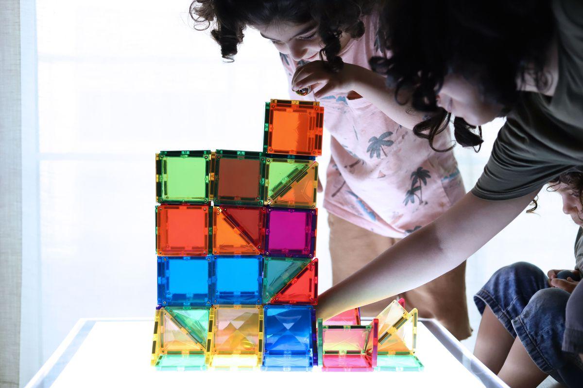 juego-de-construccion-magnetico-connetix-tiles-142