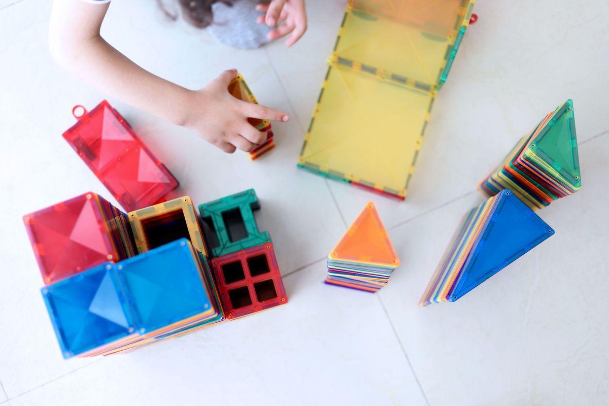 juego-de-construccion-magnetico-connetix-tiles-17