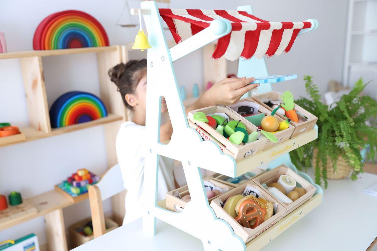 mercado-le-toy-van-0005