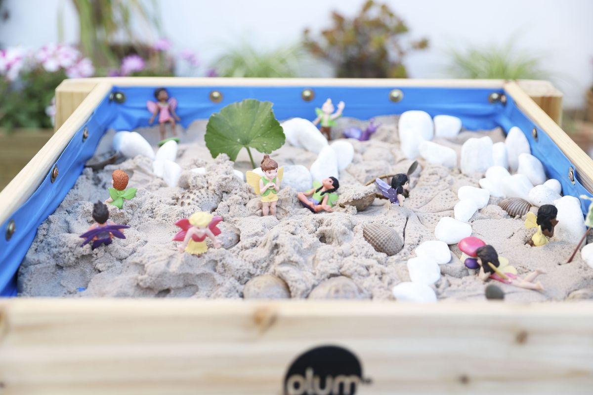 mesa-de-agua-y-arena-plum-28
